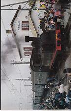 1984  --  TRAIN VAPEUR EN GARE DE MACAU   3F300