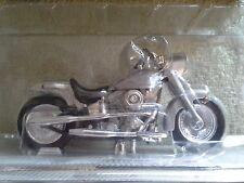Harley Davidson 1999 Street Stalker Maisto 1/18 Diecast Motorcycle Avon