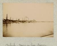 Allemagne, Wiesbaden-Biberich, les usines en face de Mayence  vintage albumen pr