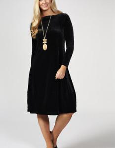 MarlaWynne Velvet Balloon Dress Black Large BNWT