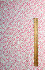 PINK TINY FLORAL PRINT QUILTING FABRIC ONE YARD