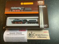 Marklin spur z scale/gauge Steam Locomotive & Tender.