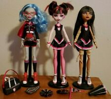 Monster High Fearleading 3 pack- Draculaura, Ghoulia, and Cleo Dolls