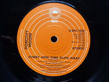 DOROTHY MOORE Funny how time slips away / Misty blue S EPC 7075