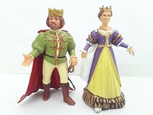 Papo King and Queen Action Figures 2002