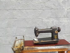 Industrial Sewing Machine Singer 241-12 -light leather