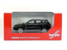 Herpa VW Touareg, black uni 1:43 (070942)