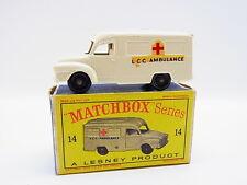 "LOT 33333 | Matchbox 14 C Lomas Ambulance LCC Modell neuwertig ""D""-Box"
