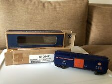 Lionel 1996 Toy  Fair Boxcar in rare blue box
