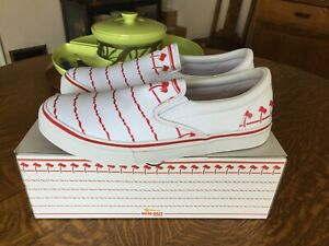 In-N-Out Burger Drink Cup Shoes Men's Size 13 New in Box