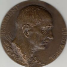 Medal Czechoslovakia President Budovatel 80mm in brass, heavy