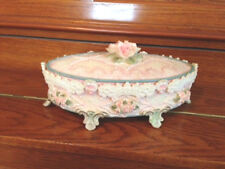 VICTORIAN PINK PORCELAIN LIDDED MUSIC/JEWELRYBOX FLORAL PEARLS LACE PLAYS LOVE S