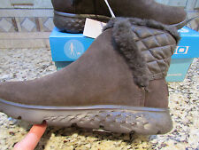 NEW SKECHERS ON THE GO COZIES BROWN BOOTS WOMENS 8.5 14356 ANKLE BOOTS FUR LINED