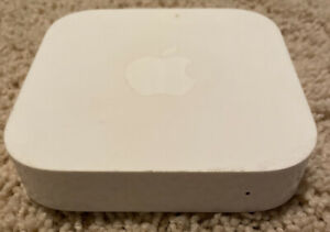 Apple Airport Express 2nd Gen 802.11n Dual-Band A1392 Wi-Fi Router