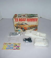 VINTAGE MPC '73 ROAD RUNNER MODEL KIT W/BOX