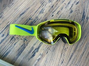 Deadstock NIKE Khyber Goggle Volt-Photo Blue with TRANSITIONS lens OG box