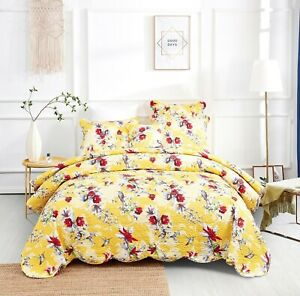 DaDa Bedding Radiant Sunshine Yellow Hummingbirds Floral Scalloped Bedspread Set