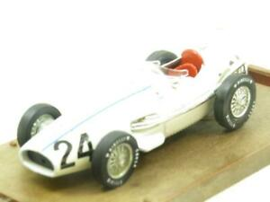 Brumm de Metal R136 Maserati 250F HP270 Blanco 1957 1 43 Escala en Caja