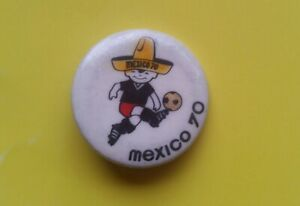FIFA FOOTBALL WORLD CUP MEXICO 1970 JUANITO MASCOT PIN BADGE