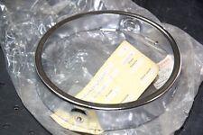 NEUF & ORIGINAL : Cerclage Phare YAMAHA DT80 MX 1981-83 Reference : 5J0-84195-20