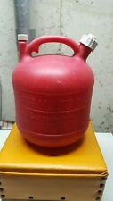 New listing Eagle 2 1/2 gallon red plastic gas can