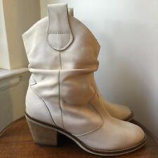 "Aldo Depriest White Leather Cowboy Boots 2.5"" High Heels Women's Size 36"