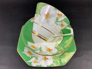 "Art Deco Paragon ""Iceland Poppy ""Cup, Saucer & Plate Trio.HM Queen."