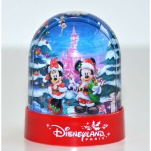 Disneyland Paris Christmas Plastic Snow Globe   N:2813