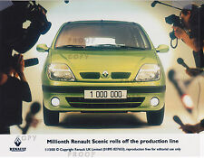 RENAULT MEGANE SCENIC PRESS PHOTOS FROM 2000   ***POST FREE UK ***