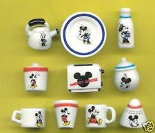 FEVES DISNEY A TABLE AVEC MICKEY série complète ref.W19