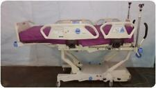 HILL ROM P1900 SPO2RT SPORT 2 TOTALCARE ELECTRIC HOSPITAL PATIENT BED @ (160607)