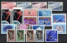 Thématique - ESPACE - différents et de plusieurs pays - cote de 26,00 euros LOT2