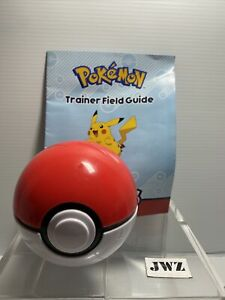 2017 Pokemon trainer Electronic Guessing Ball With Trainer Field Guide - 🔴⚪️