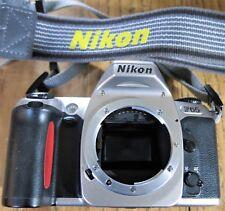 Nikon F65 35mm Fotocamera SLR Film Solo Corpo