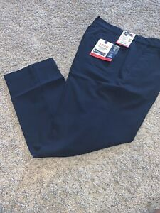 NWT Men's Izod Navy Blue 34 X 30 Dress Pants. No Iron Performance Stretch