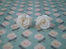FUNKY WHITE ROSE EARRINGS KITSCH CUTE RETRO NOSTALGIC VINTAGE STYLE BOHO CHIC UK