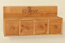 Regale im Landhaus-Stil aus Massivholz für die Küche