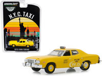 """1975 FORD TORINO """"NYC TAXI"""" YELLOW 1/64 DIECAST MODEL CAR BY GREENLIGHT 30058"""