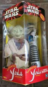 Interactive Yoda (Star Wars) with lightsaber - RARE
