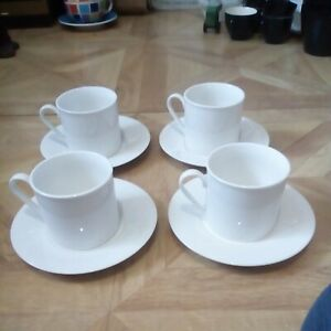 Four Royal Doulton Regency White 2006 Cups And Saucers ( Lot 1)
