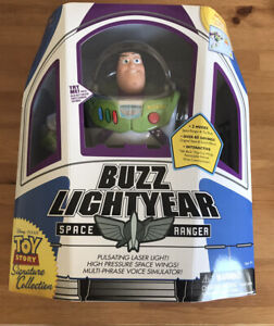 New Toy Story Buzz Lightyear Signature Collection New In Box MINT Amazing USA