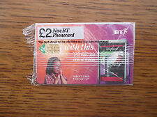BT PHONECARD SEALED £2 JUNE 1998 FATHER IN TELEPHONE BOX PHONING DAUGHTER