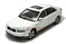 Paudi Audi A4 1.8T 2003 (altes Modell) weiss 1:18