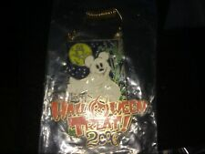 New listing Disney Pin 50130 Dlr - Mickey's Halloween Treat 2006 - Mickey Mouse