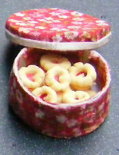 1:12 Scale Jammy Dodgers In A Round Red Box Dolls House Miniature Biscuit Food
