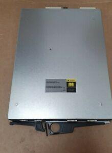 Netapp IOM6 DS4246 111-00190 + Bo SAS 6Gb Controller (2206-IB0/C3)