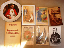 A voir !! Lot objets religieux cartes postale bernadette sb assiette pape livre