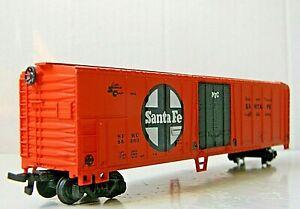 Bachmann 51' Box Car Mechanical Reefer Black Door Rd# SFRC 55360 - catwalk - HO
