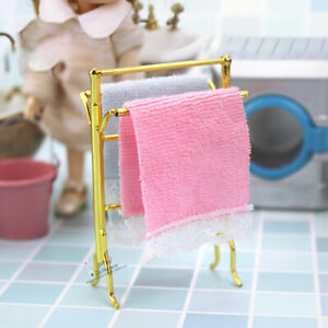 1:12 Dollhouse Miniature Golden Towel Rack and 2 Towels Bathroom Furniture SK