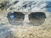 Ray Ban Aviator  Sunglasses 62mm black Frame classic black Gradient LENSES